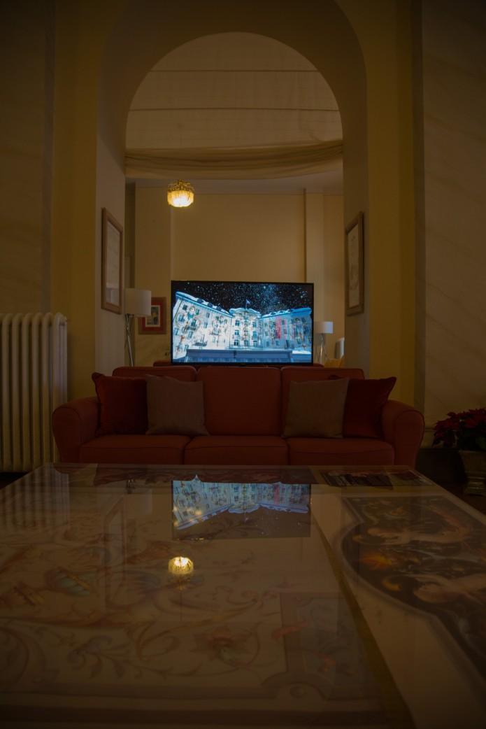 "Film ""Lichtrausch Engadin"" dans le hall"