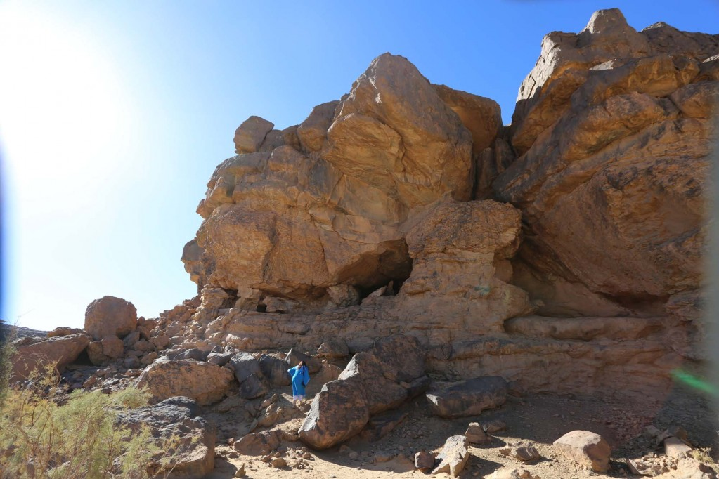 Abris sous roches avec peintures